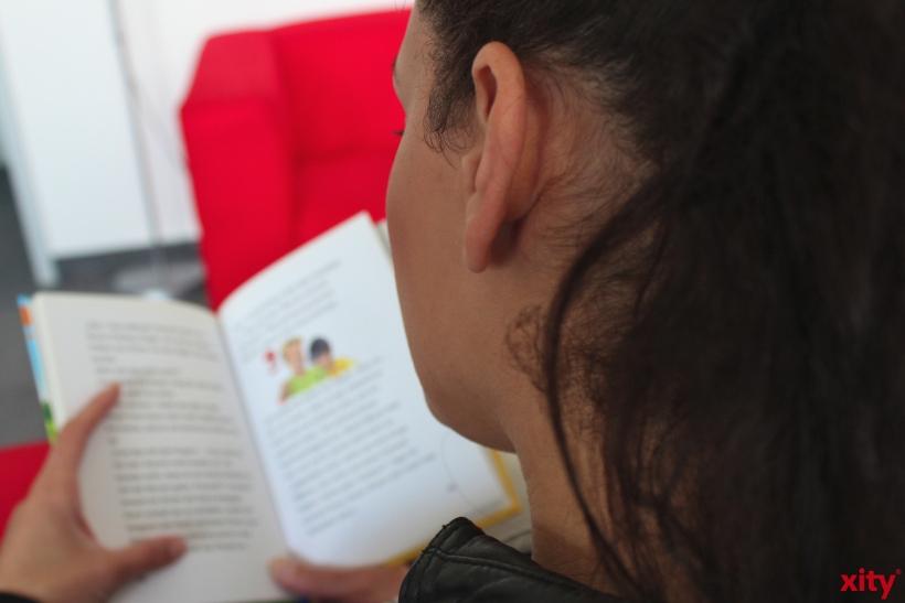 """Im Niederrheinischen Literaturhaus in Krefeld haben vier Kinderbuchautoren in der Reihe """"Ohren aufgeklappt!"""" aus ihren Werken vorgetragen (xity-Foto: D. Postert)"""