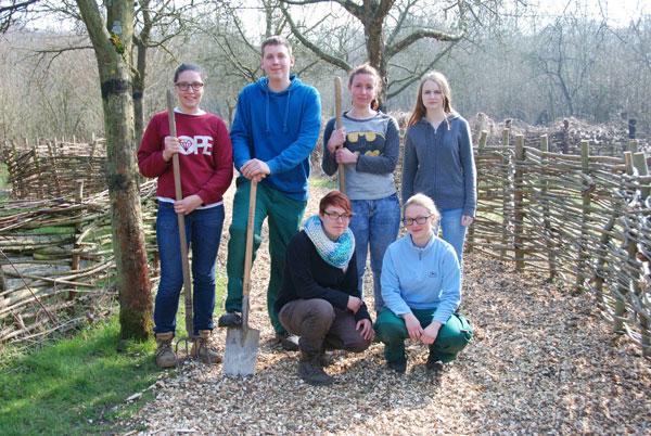 Der Fachbereich Grünflächen der Stadt Krefeld sucht zum 1. August wieder vier junge Menschen ab 16 bis 26 Jahren ohne abgeschlossene Berufsausbildung für das Freiwillige ökologische Jahr (Foto: Stadt Krefeld)