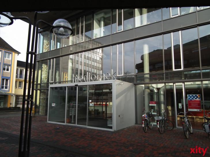 """Osterferienwerkstatt """"Fotoroman"""" in der Mediothek Krefeld (xity-Foto: E. Aslanidou)"""