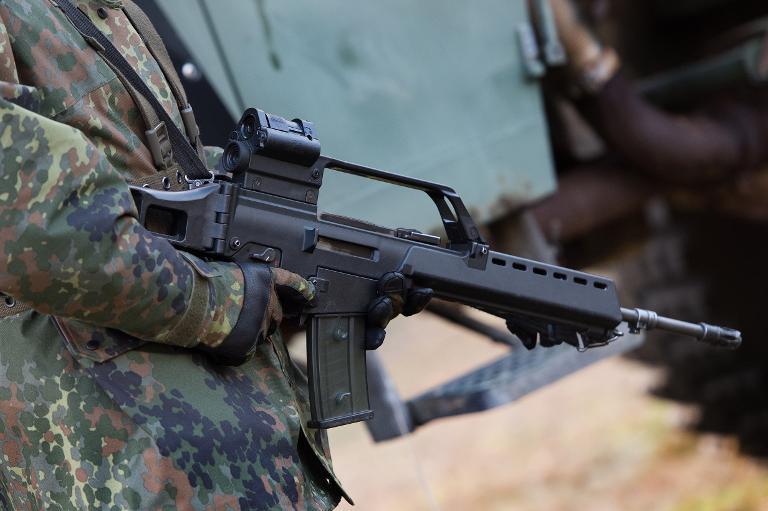 Ministerium räumt Probleme mit Sturmgewehr G36 ein (© 2015 AFP)