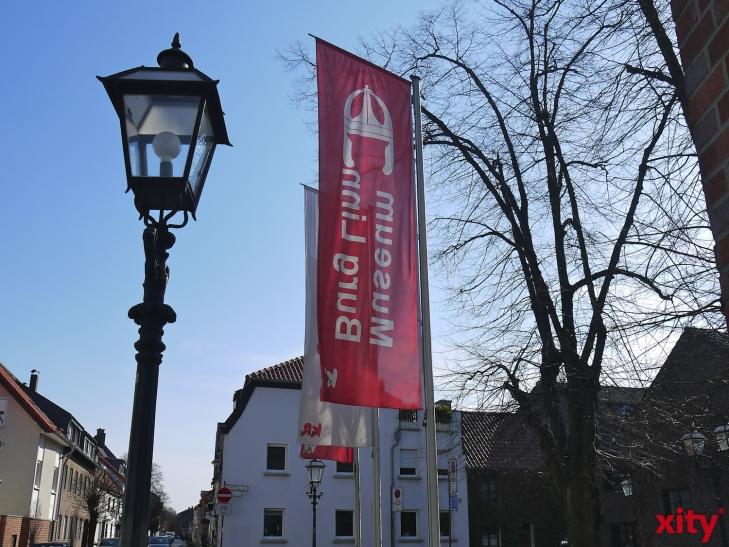 """Im Museum Burg Linn wird zurzeit die Sonderausstellung """"Krefeld und die Religionsfreiheit. 400 Jahre Toleranz in einer niederrheinischen Stadt"""" gezeigt (xity-Foto: E. Aslanidou)"""