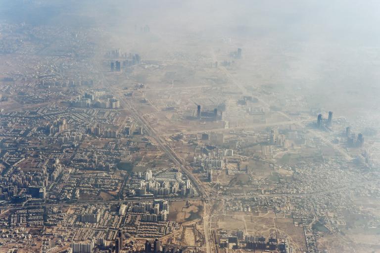 Indien misst Luftverschmutzung in verpesteten Städten (© 2015 AFP)