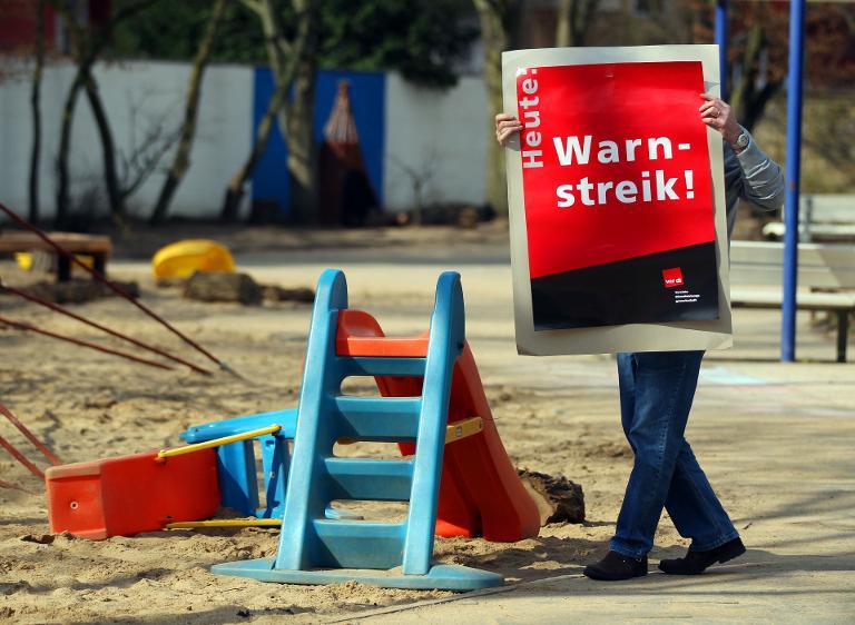 Verdi setzt Warnstreiks in Kitas fort (© 2015 AFP)
