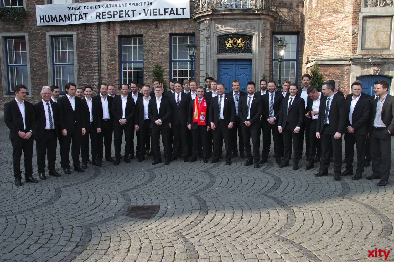 Oberbürgermeister Thomas Geisel empfängt die Düsseldorfer EG, Die Trainer, Betreuer und Mitarbeiter. (xity-Foto: P.Basarir)