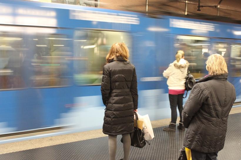 Besser die U-Bahn nutzen - ÖPNV von Dügida-Demonstration betroffen (xity-Foto: D. Postert)