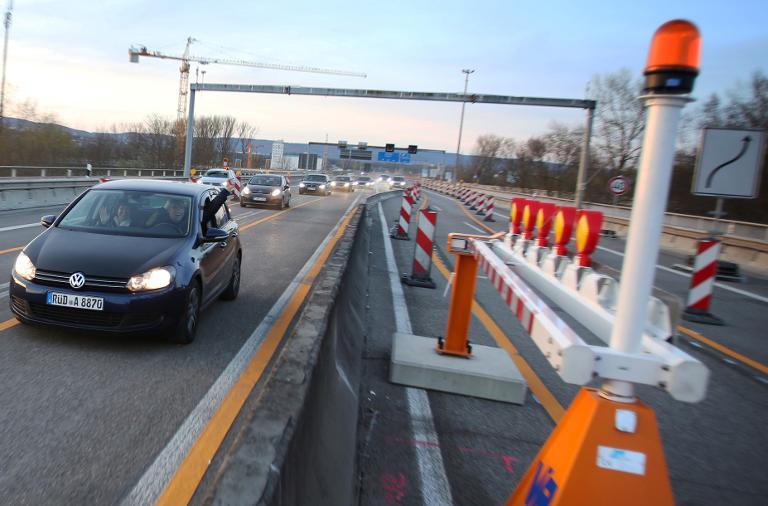 Schiersteiner Brücke wieder befahrbar (© 2015 AFP)