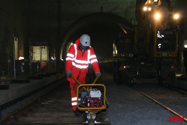 Schienen der Wehrhahn-Linie sind verlegt und erste Testfahrten können bald starten (xity-Foto: M. Völker)