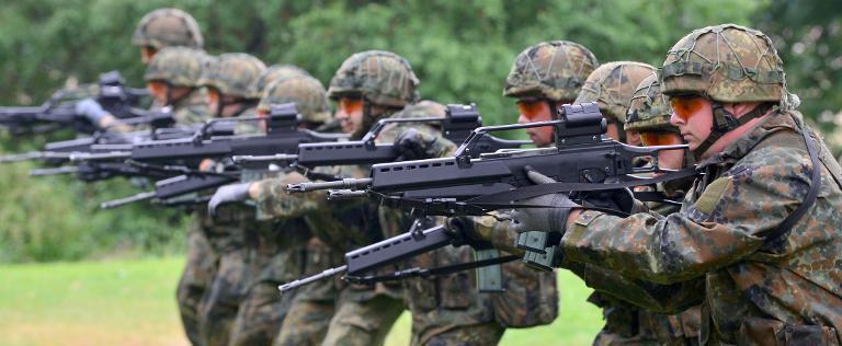 Planungsamt fordert Ersatzgewehr für Bundeswehreinsätze (© 2015 AFP)