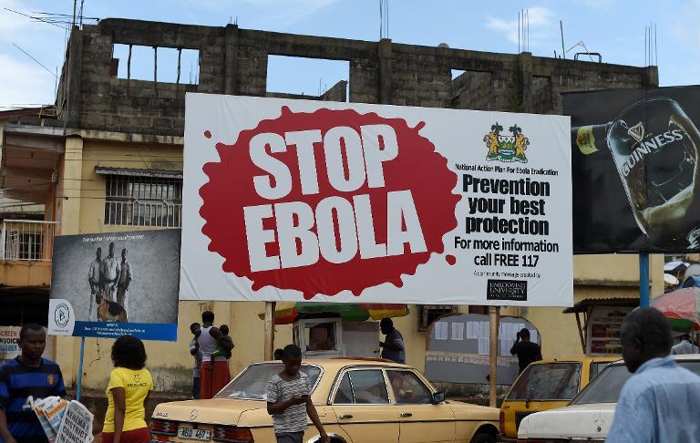 Minister Müller sichert Ebola-Gebieten Aufbauhilfen zu (© 2015 AFP)