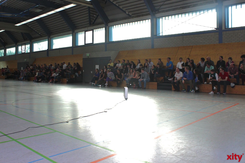 150 Zuschauer feireten mit dem Team den Aufstieg (xity-Foto: H.Müller)