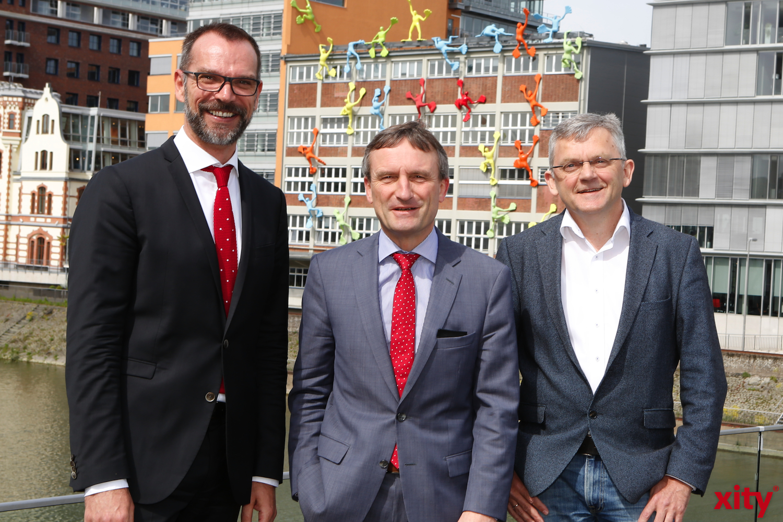 (v.l.) Uwe Kerkmann, Thomas Geisel und Dr. Lorenz Gräf (Foto: xity)