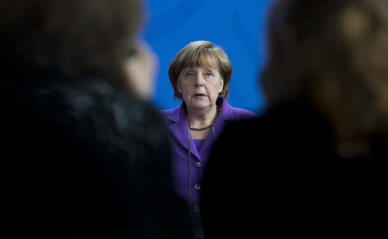 Merkel redet zu EU-Ostpartnerschafts- und G-7-Gipfel (© 2015 AFP)