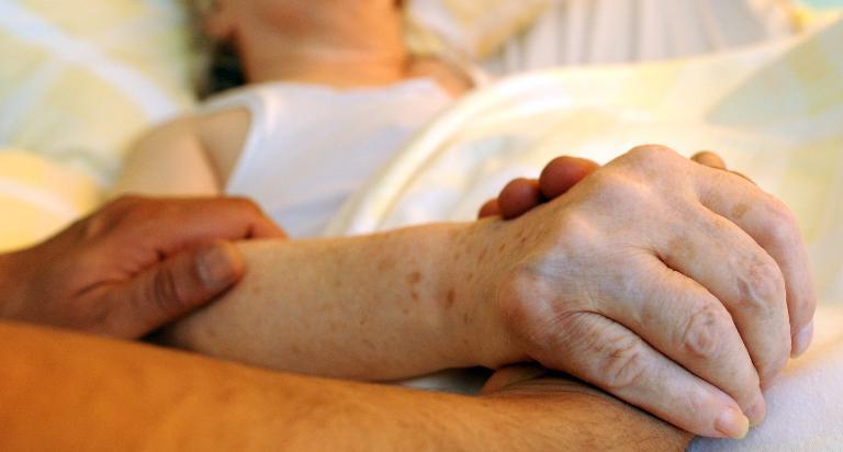 CDU-Politiker wollen Sterbehilfe hart bestrafen (© 2015 AFP)