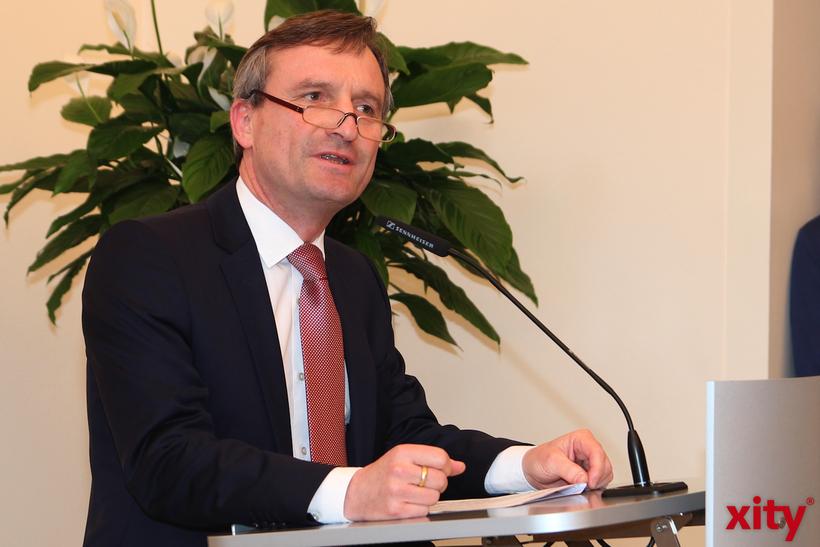 Oberbürgermeister Thomas Geisel wird den Preis am 29. Mai in einem Festakt im Rathaus überreichen (Foto: xity)