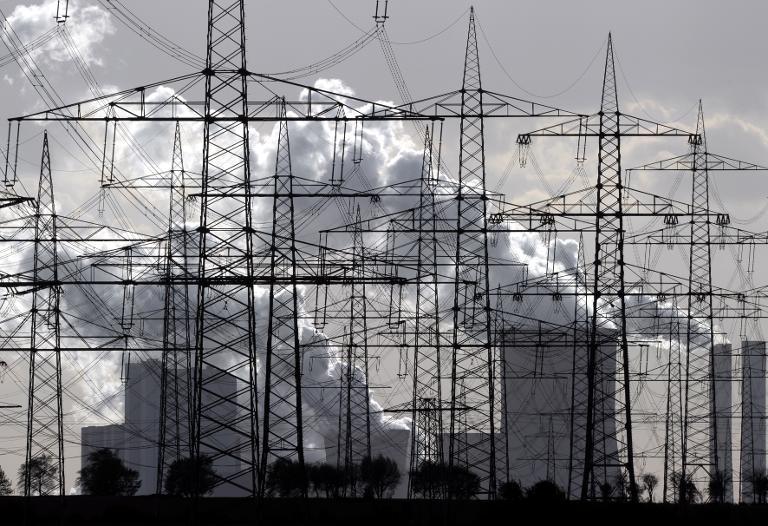 CDU-Vize Laschet kritisiert Pläne für Klimaabgabe (© 2015 AFP)