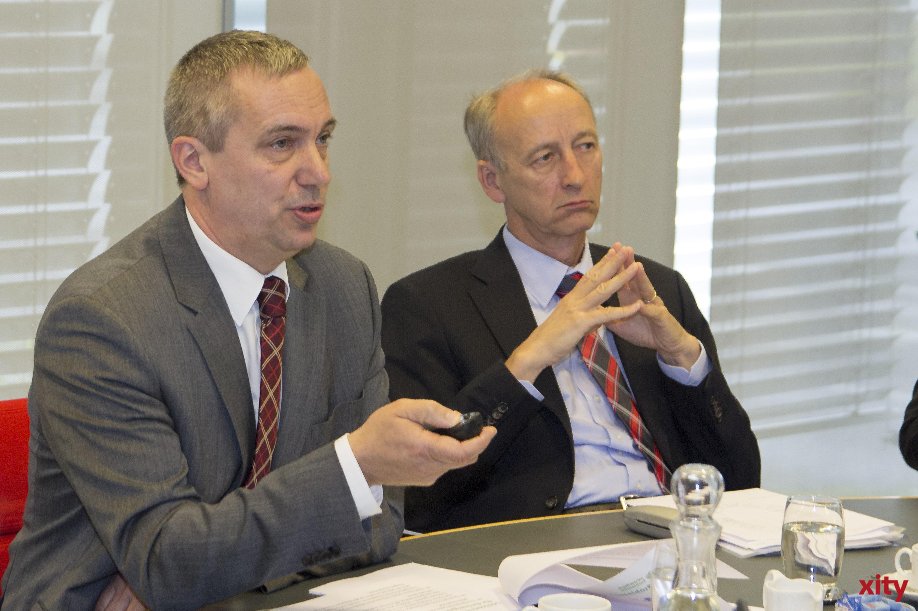 v.l. Dr. Udo Brockmeier, Vorstandsvorsitzender der Stadtwerke Düsseldorf und Rainer Pennekamp, Vorstand für Personal und Vertrieb (Foto: xity)