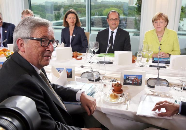 Merkel trifft Juncker und Hollande in Griechenland-Krise (© 2015 AFP)