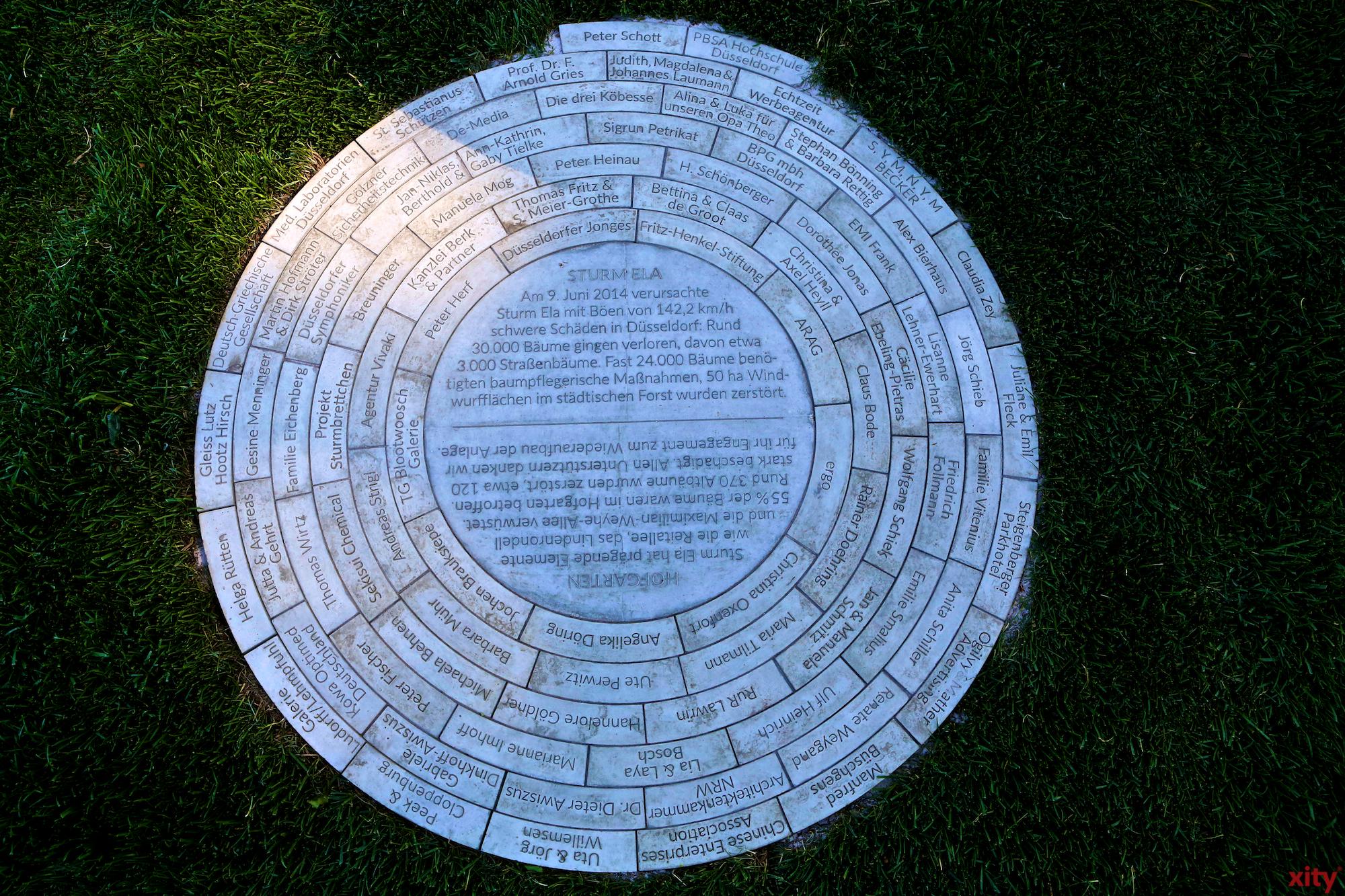 """Das """"Jahresringe""""-Monument im Düsseldorfer Hofgarten (Foto: xity)"""