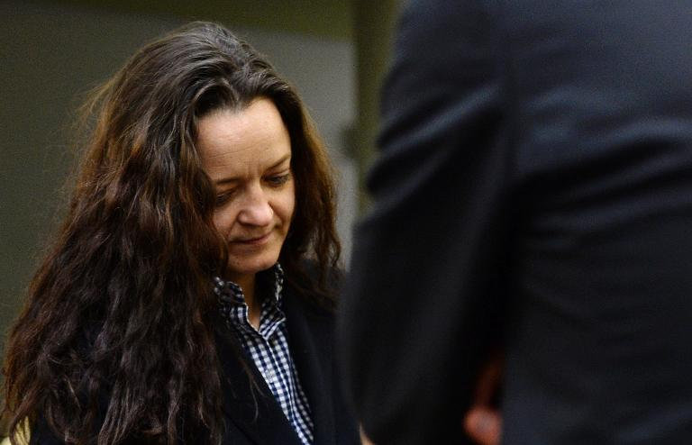 Zschäpe beantragt Entlassung ihrer Pflichtverteidigerin (© 2015 AFP)