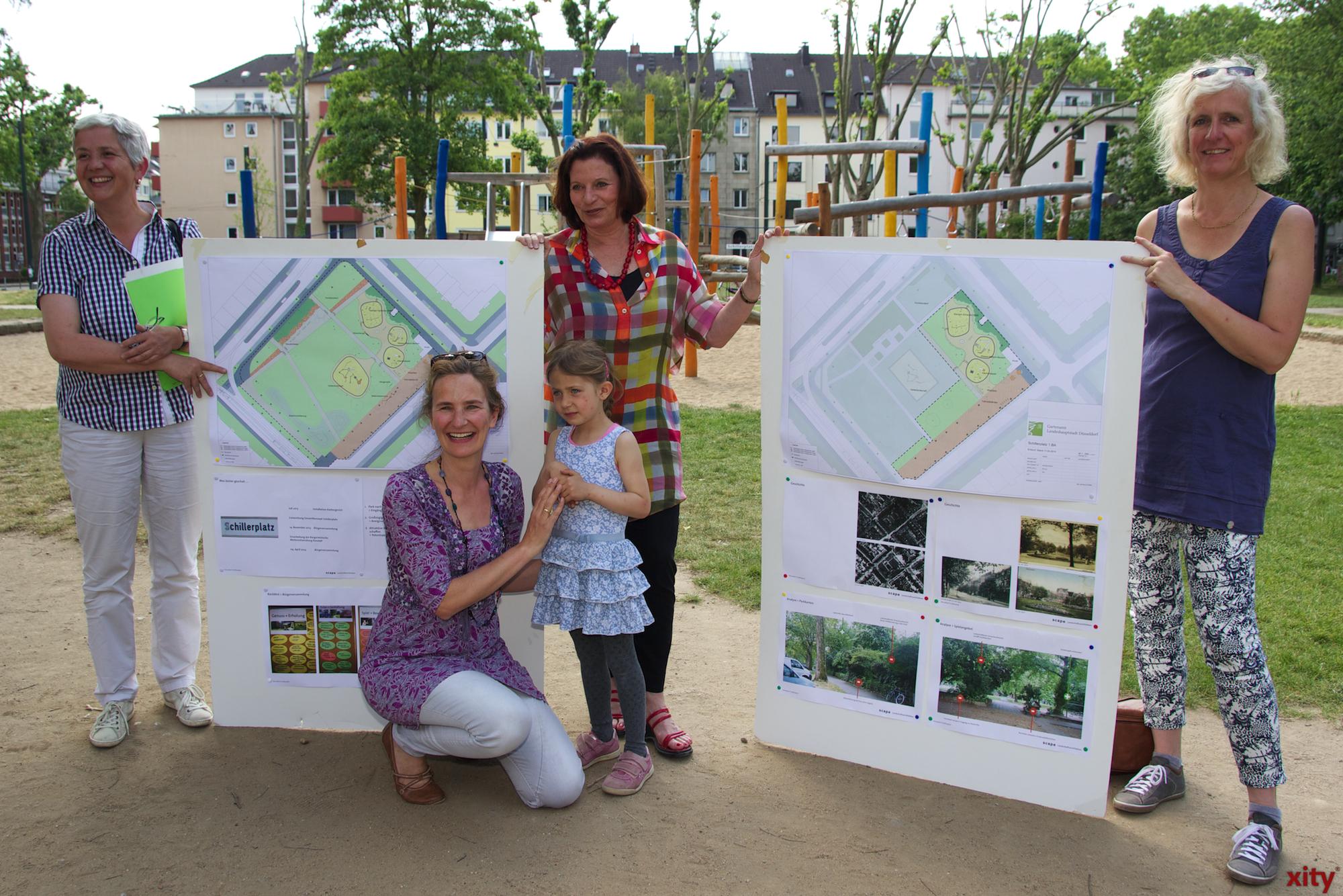 Gartenamtsleiterin Doris Törkel, Gründezernentin Helga Stulgies,  Hiltrud Lintel mit ihrer Tochter Inga (Foto: xity)