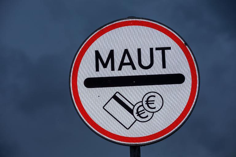 Vorbehalte in der SPD gegen Maut werden wieder laut (© 2015 AFP)