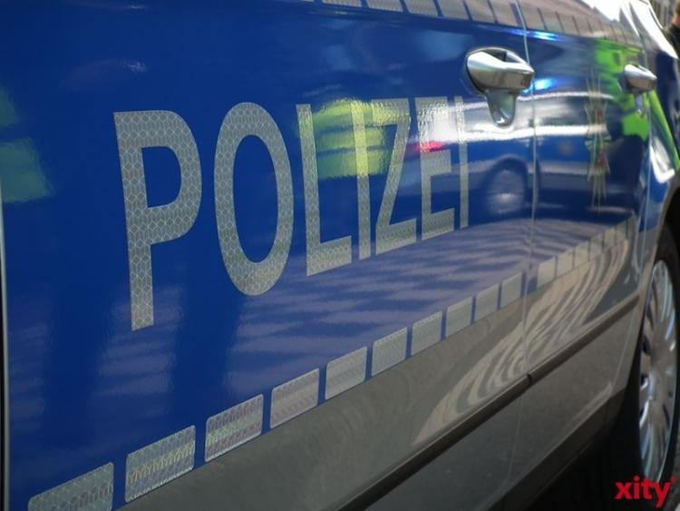 Verkehrsunfall mit Personenschaden in Krefeld (Foto: Xity)
