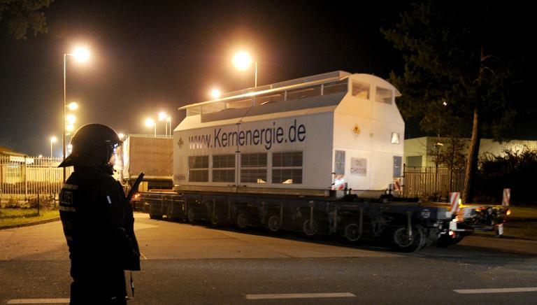 Umweltministerin: Bayern muss Atommüll zwischenlagern (© 2015 AFP)