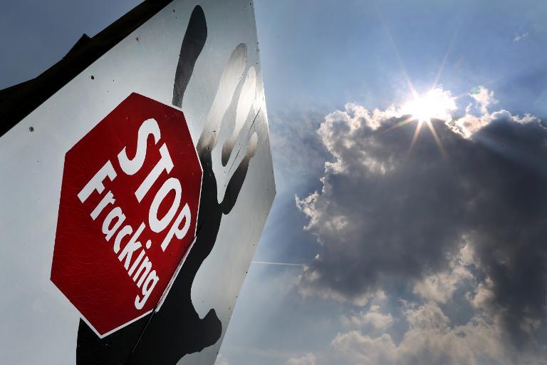 Koalition verschärft Fracking-Gesetzentwurf (© 2015 AFP)