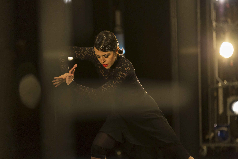 """Beim letztjährigen Theaterfest in Duisburg war Marlúcia do Amaral in Schläpfers selten gezeigtem Stück """"QUARTZ"""" zu erleben (Foto: Sascha Kreklau)"""