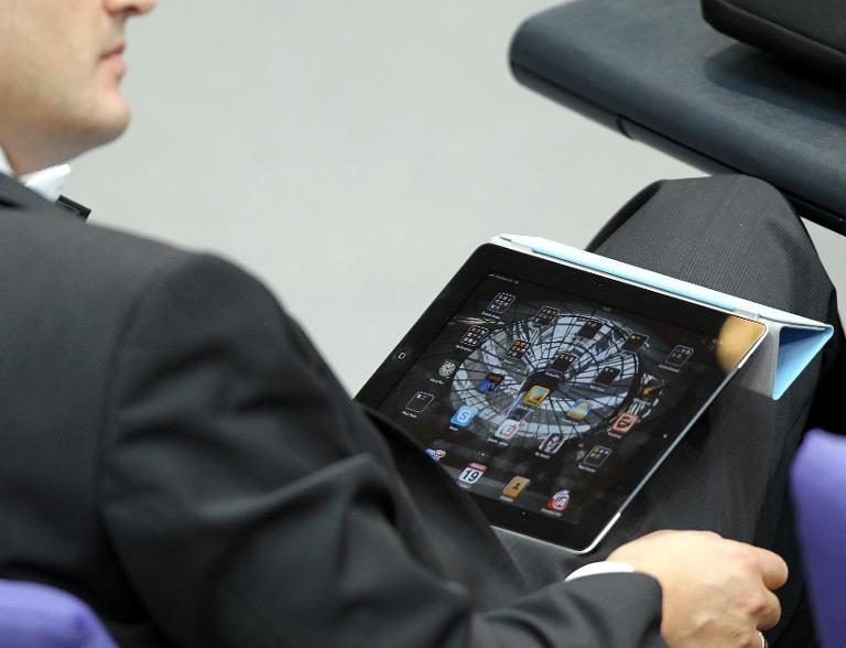 Bundestag lässt nach Cyber-Attacke Websites sperren (Foto: Wolfgang Kumm dpa/lbn)