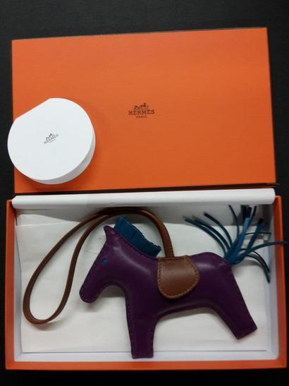 100,000 euros for handbags and jewelry (Photo: Xity)