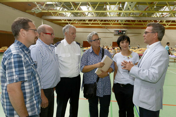 150 Flüchtlinge in Glockenspitzhalle eingetroffen (Foto: Stadt Krefeld)