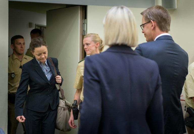 NSU-Prozess geht trotz Zschäpe-Strafanzeige weiter (© 2015 AFP)