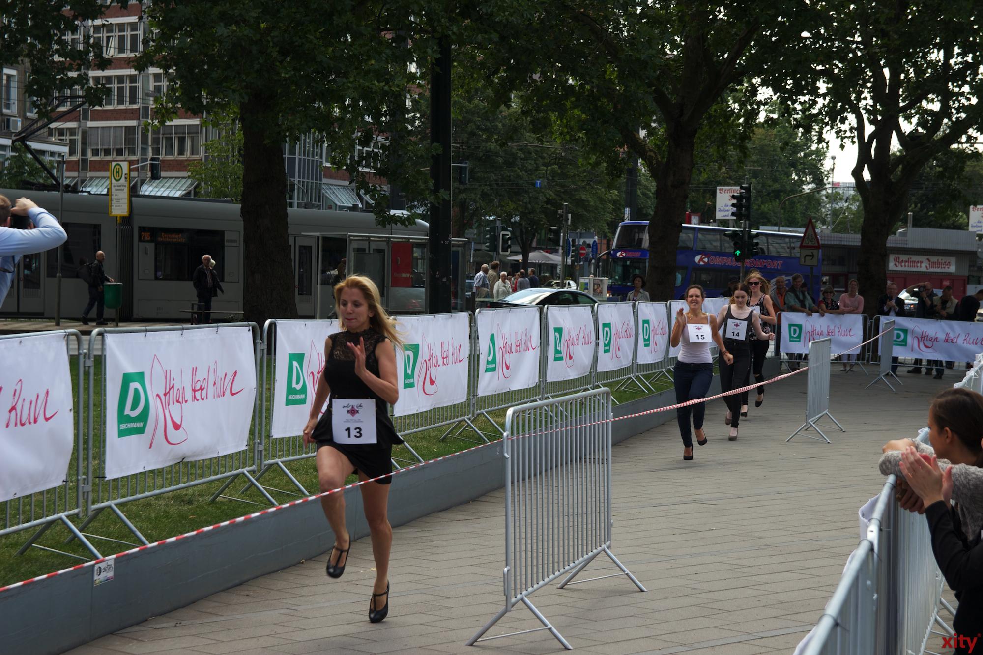 Die Teilnehmerinnen kämpfen um den ersten Platz. (Foto: xity)