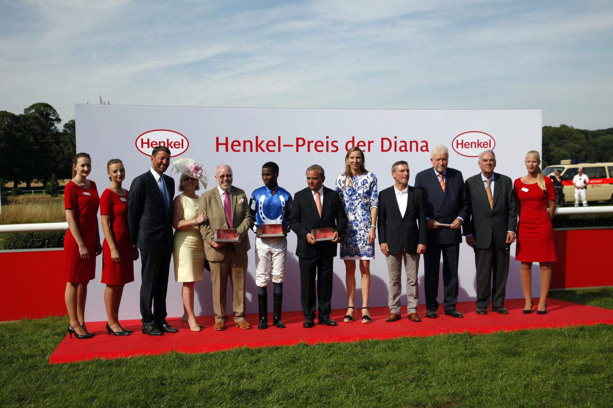 Die Siegerehrung des Henkel-Preis der Diana. (Foto: Henkel Press & Media Relations)