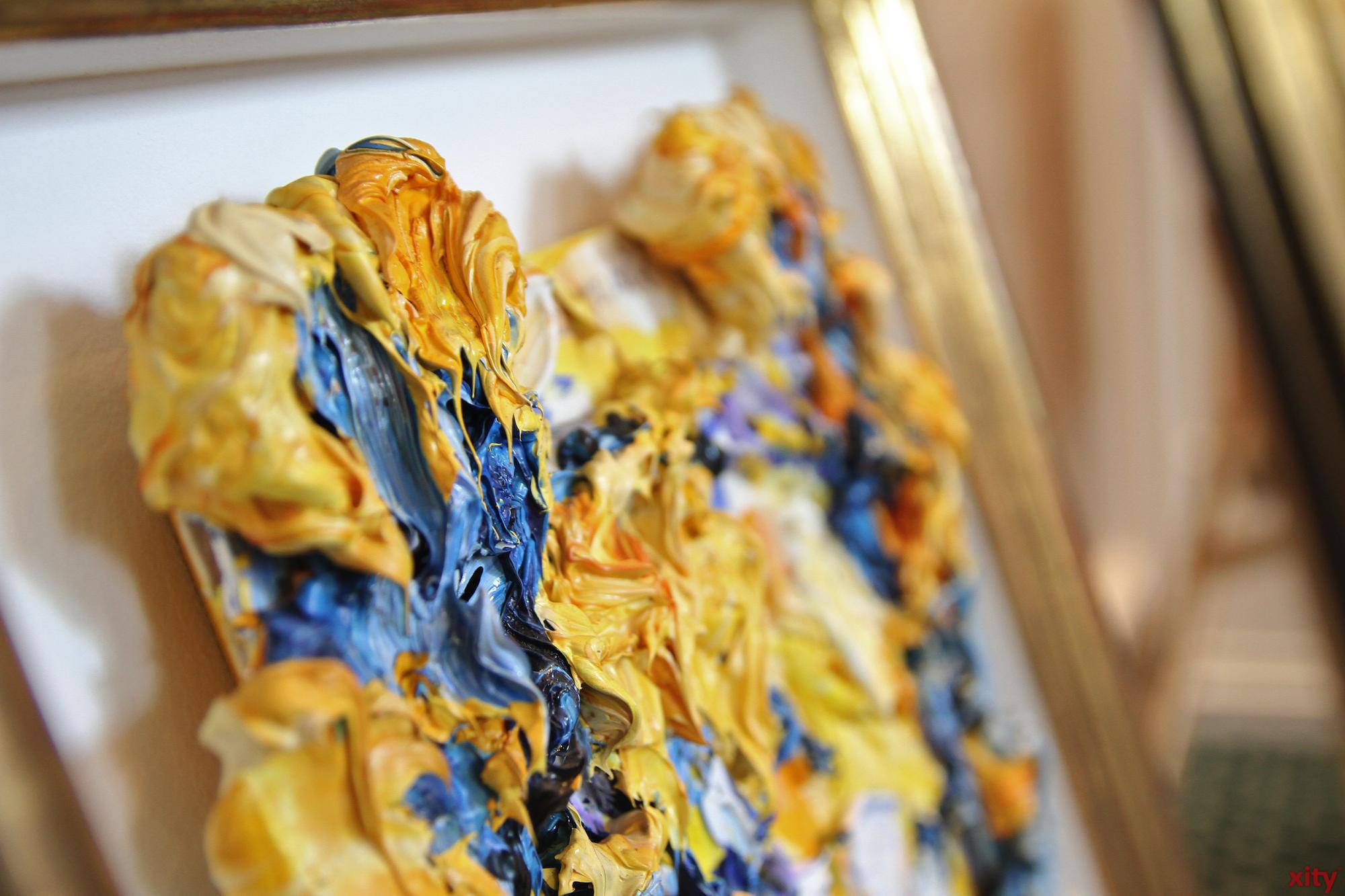 Die Malereien von Bernd Schwarzer sind plastisch und sehr dynamisch (Foto: xity)