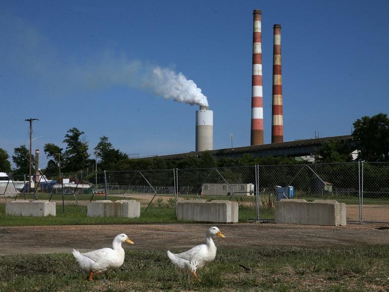 Töpfer lobt Klimaschutzpläne von US-Präsident Obama (© 2015 AFP)