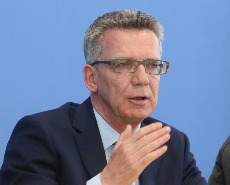 SPD-Kritik an de Mazière in Landesverratsaffäre (© 2015 AFP)