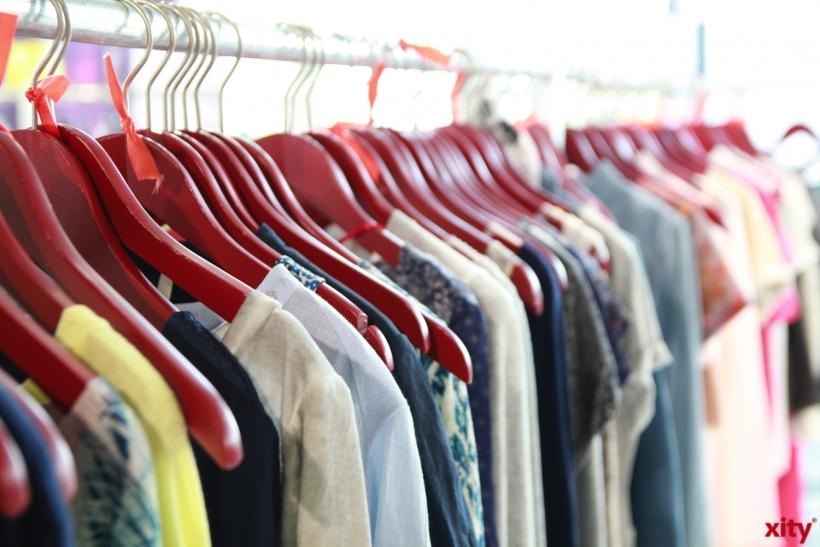 Krefelder werden verschiedenste Abfälle und gebrauchte Kleidung im Wertstoffhof los (Foto: xity)