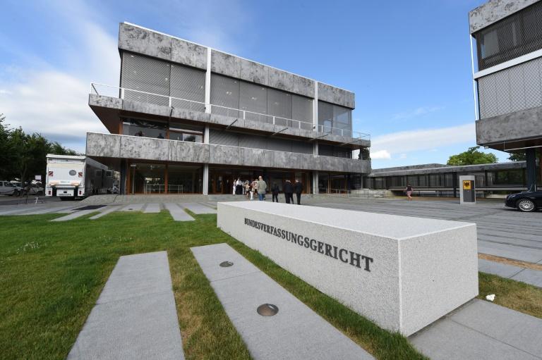 Karlsruhe prüft Recht auf Klärung der Abstammung (© 2015 AFP)