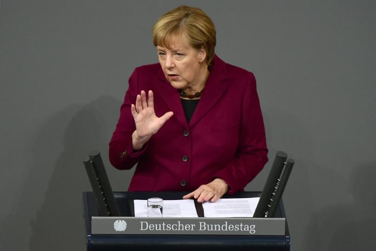 Merkel redet in Generaldebatte des Bundestags (© 2015 AFP)