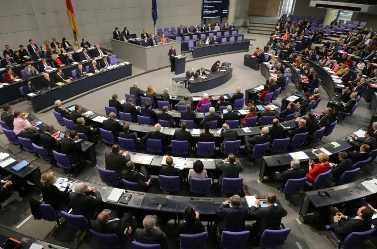 Bundestag setzt Haushaltsdebatte fort (© 2015 AFP)
