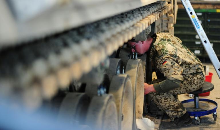 CDU-Verteidigungspolitiker: Deutsche Aufklärungstornados nach Syrien (© 2015 AFP)