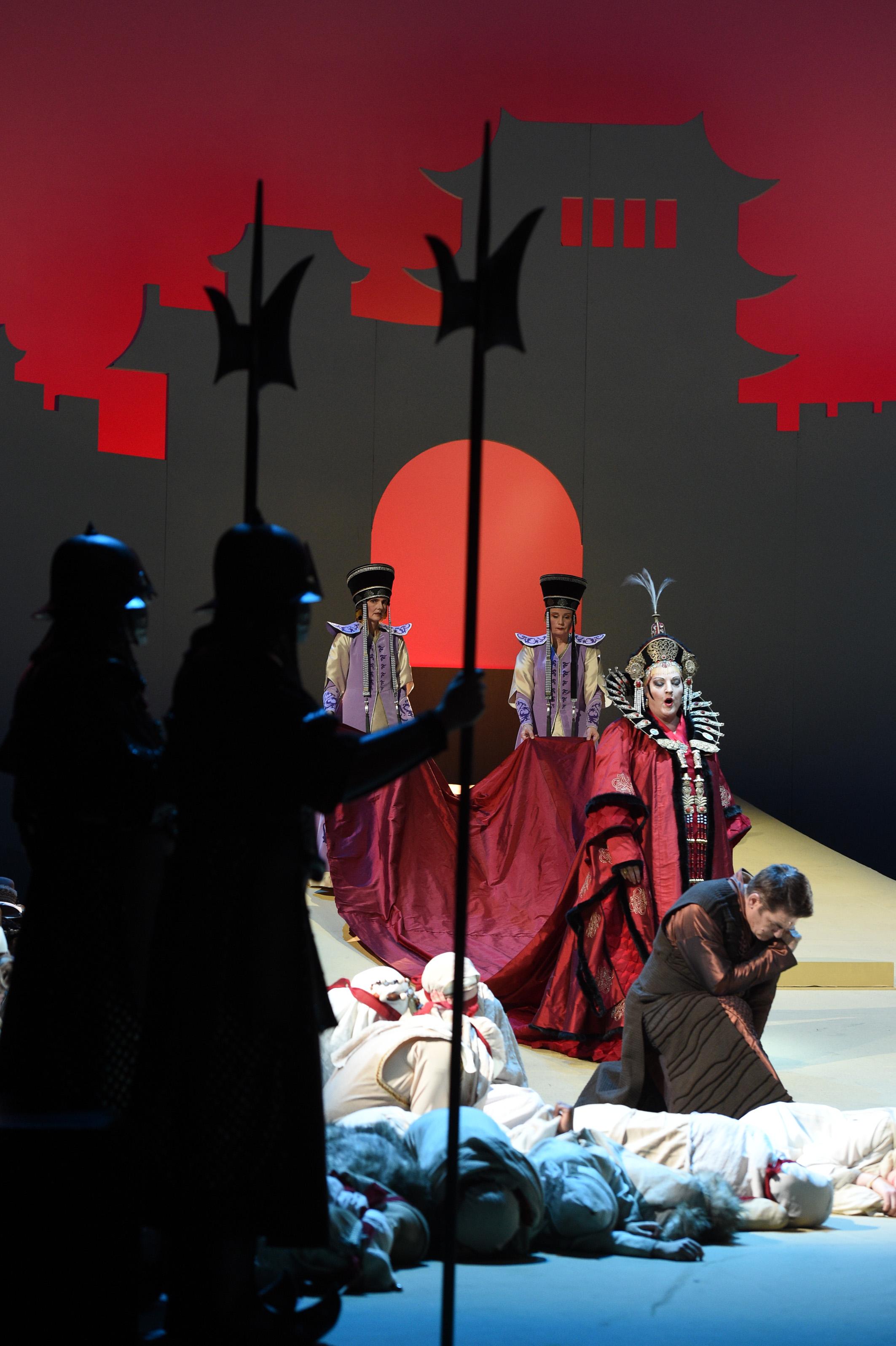 Premiere am 5. Dezember im Theater Duisburg (Foto: Hans Jörg Michel)