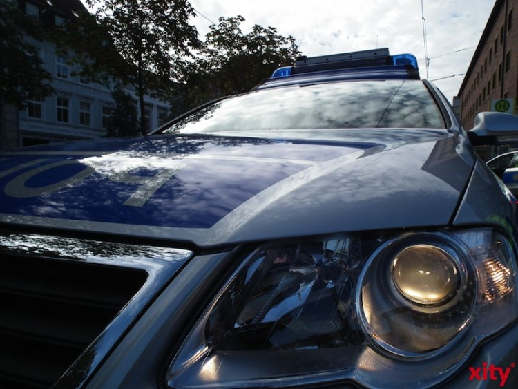 """Polizeilicher Verkehrseinsatz am zweiten """"Adventssamstag"""" (Foto: xity)"""