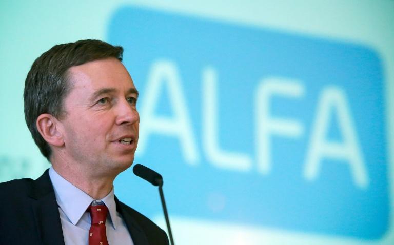 Neue Partei von AfD-Gründer Lucke erwartet keine schnellen Erfolge (© 2015 AFP)