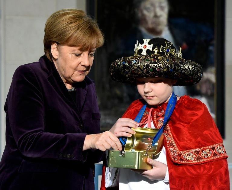 Merkel ruft zu Respekt und Offenheit gegenüber Fremden auf (© 2016 AFP)