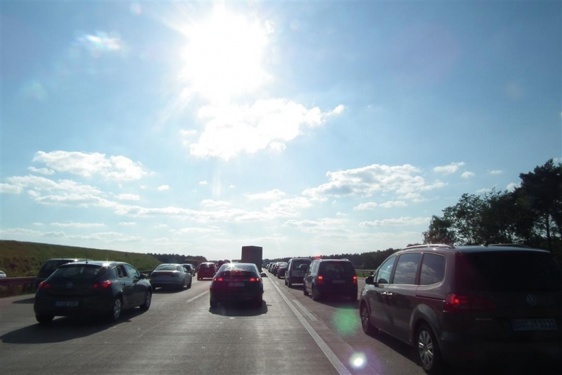 Autofahrer müssen daher vor allem am Samstag mit lebhaftem Verkehr aus den Wintersportgebieten der Alpen und der Mittelgebirge rechnen (Foto: xity)
