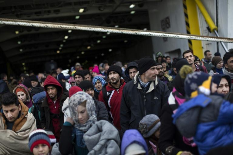 Gabriel warnt vor Grenzschließungen bei weiter hoher Flüchtlingszahl (© 2016 AFP)