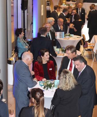 The Junior Chamber Düsseldorf celebrated their traditional New Years Reception in the home of the Düsseldorf Business School. (Photo: Junior Chamber Düsseldorf)